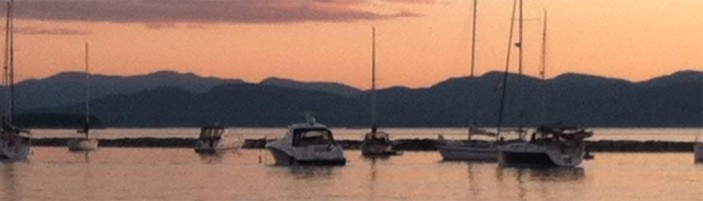 Peaceful Sunset on Water represents Serenity. Stephanie offers Child, Adolescent & Adult Therapy in South Burlington.